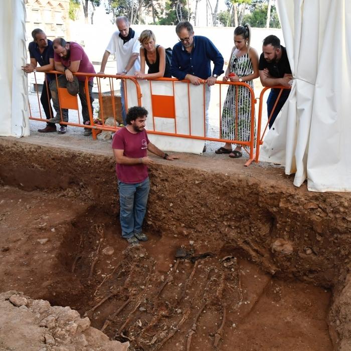 Martí anuncia que en las cuentas de 2020 apoyará proyectos de exhumaciones de grupos de la memoria