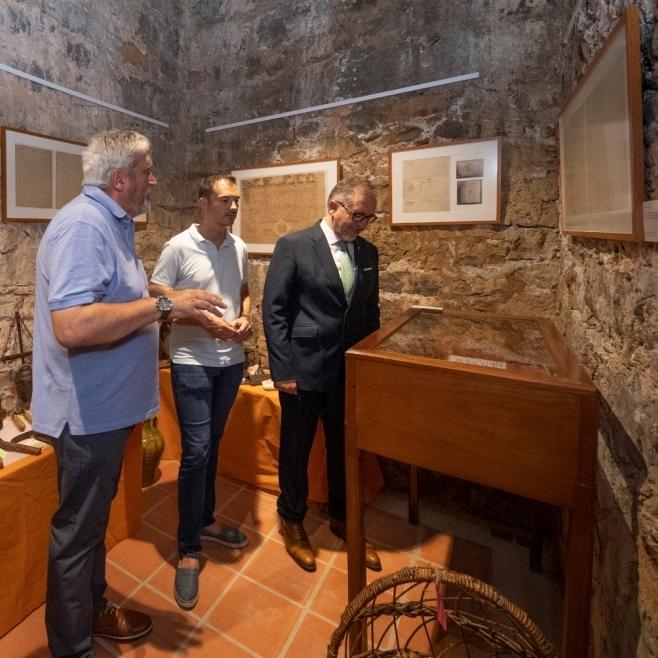 Sanz recuerda la generosidad del conde de Cirat y pone en valor la donación de su archivo a la provincia