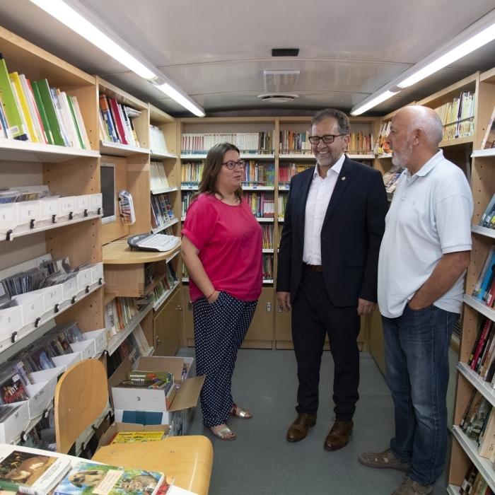 El presidente José Martí anuncia que el Bibliobús de la Diputación retoma la actividad mañana lunes con un estricto protocolo anticovid